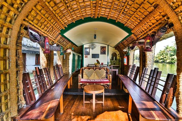 Kerala Houseboat Rental