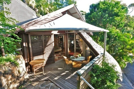 Wategos Treehouse Studio Byron Bay - Quirky Places to Stay in Byron Bay - under $200