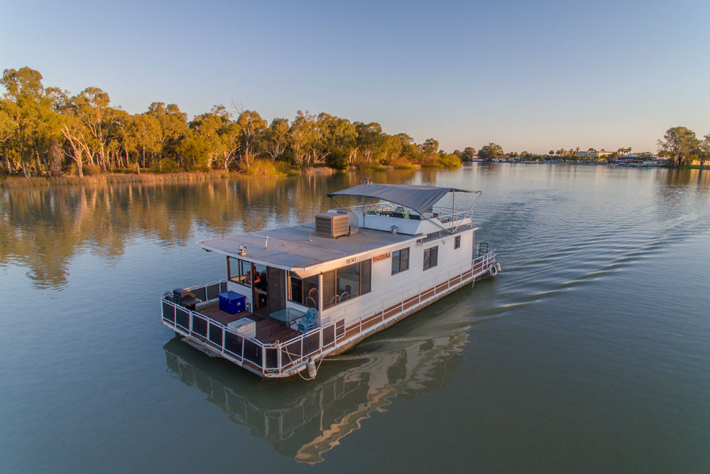 Murray River Houseboats in South Australia - Unique Accommodation in Australia, New Zealand and The Pacific