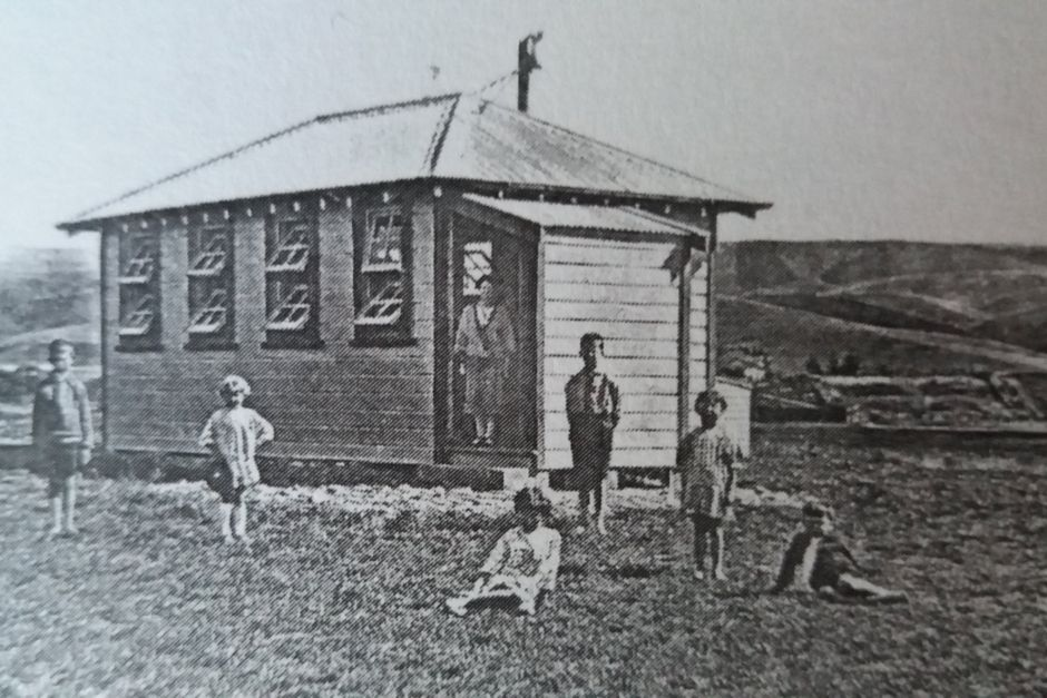 The little red school house historic photo. Oamaru Bed and Breakfast