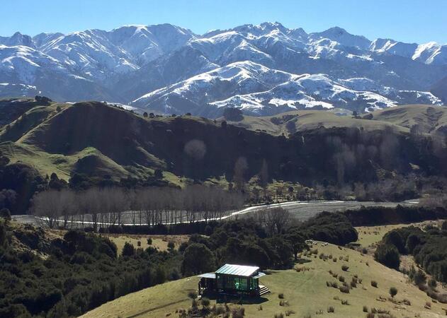 Kahatura PurePod Mountains - Kaikoura Accommodation