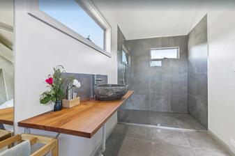 Glamping Bryon Bay Bathroom