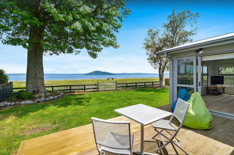 Hannahs Bay Waterfront Getaway deck - unique and boutique Rotorua accommodation