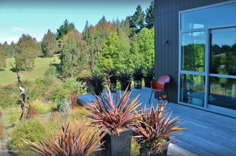 Copper Gate - Rural Eco-Holiday Home with views