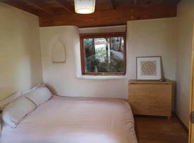 Unique eco home - treehouse retreat Bedroom