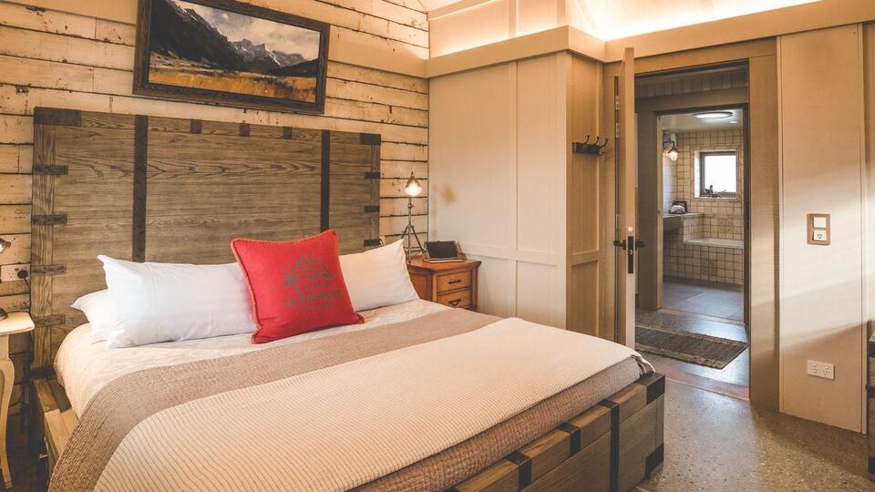 Camp Glenorchy Eco Retreat Bedroom
