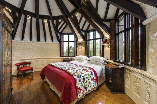 Thorngrove Manor Hotel Turret - Unique Adelaide Accommodation