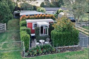 Railway Cabin Meryton Farm