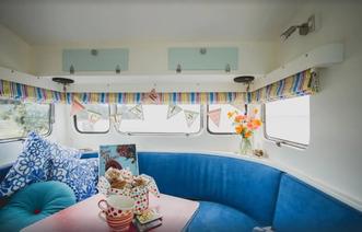 Retro Caravan Beachlands - cool Auckland Accommodation