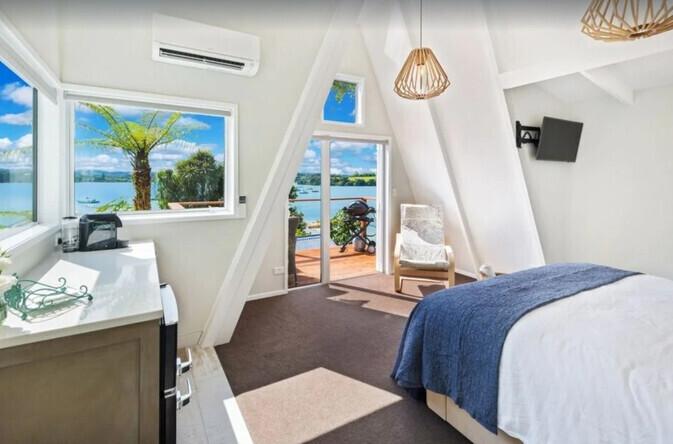 The Boathouse Luxury Accommodation Shelly Park