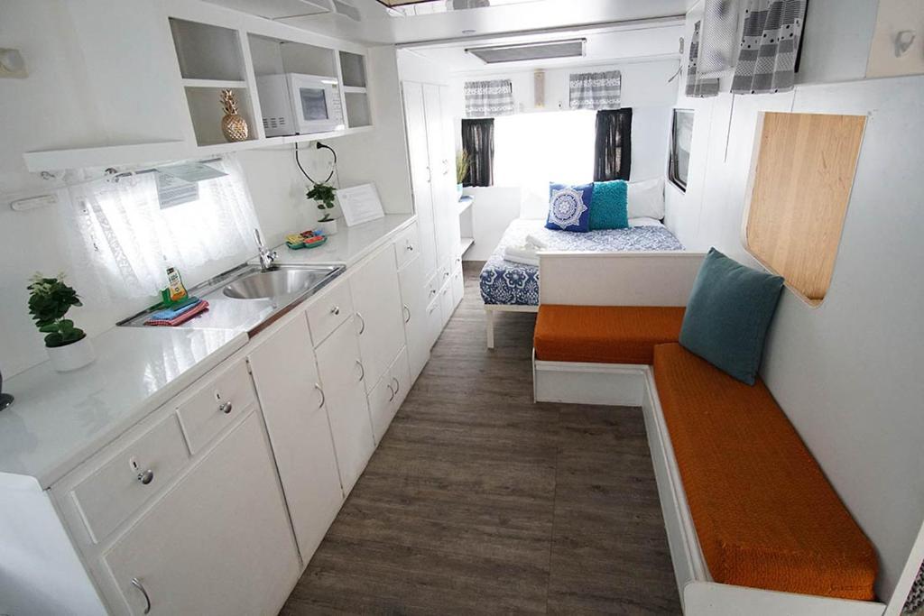 Kanasta Retro Caravans Interior - Quirky Accommodation in Victoria