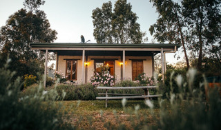 Tathra Mudbrick Cottage - Quirky Holiday Home in Victoria