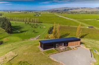 The Nineteenth Vineyard Accommodation Aerial View - Blenhei. Vineyard Accommodation